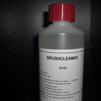 M9 Brush Cleaner 500ml